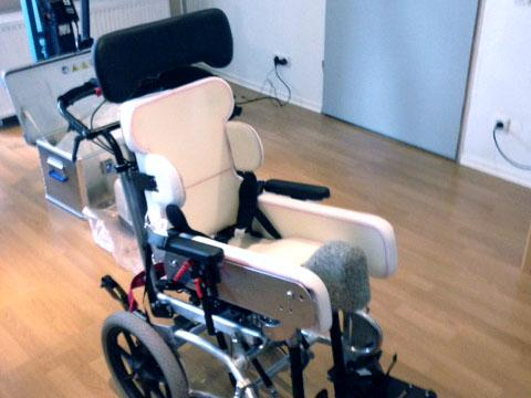 Rollstuhl schon mit vorbereitetem Sitzabdruck